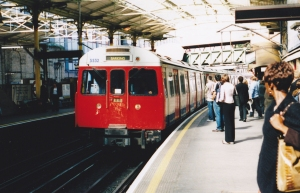 5532 C69 (FARRINGDON) 9-04