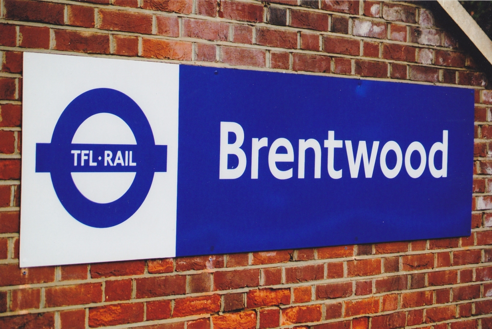 TfL RAIL BRENTWOOD SIGN  20-6-15