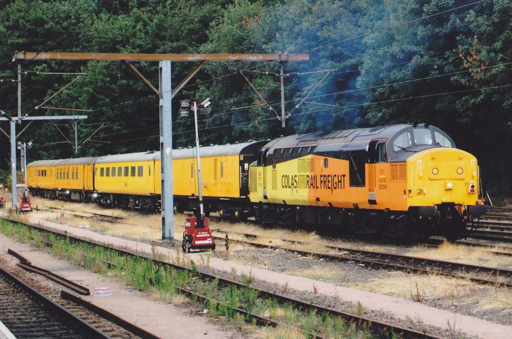 37219 COLAS + NR TEST TRAIN (IP)  13-8-15