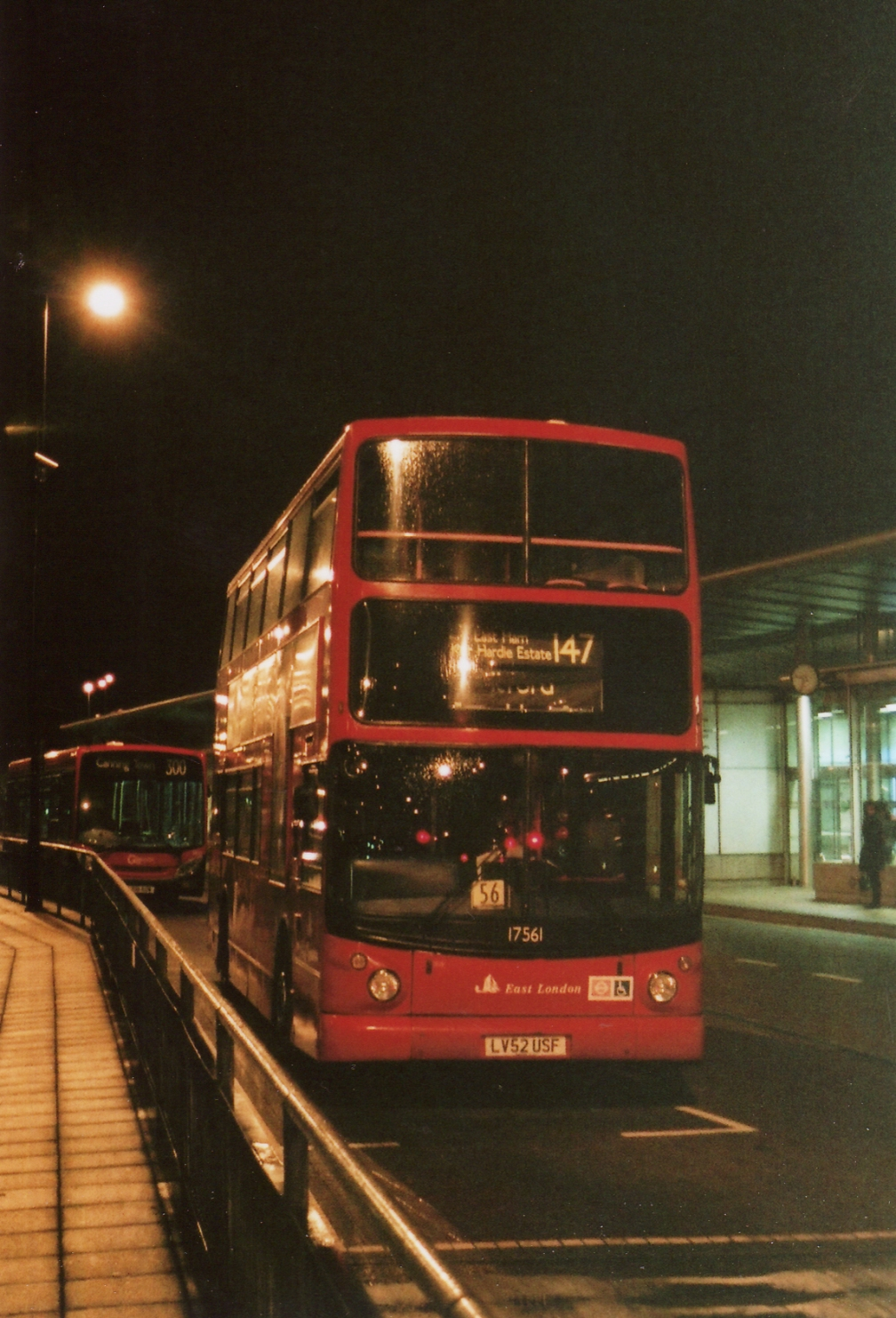 LV52USF 17561 CANNING TOWN 9-10