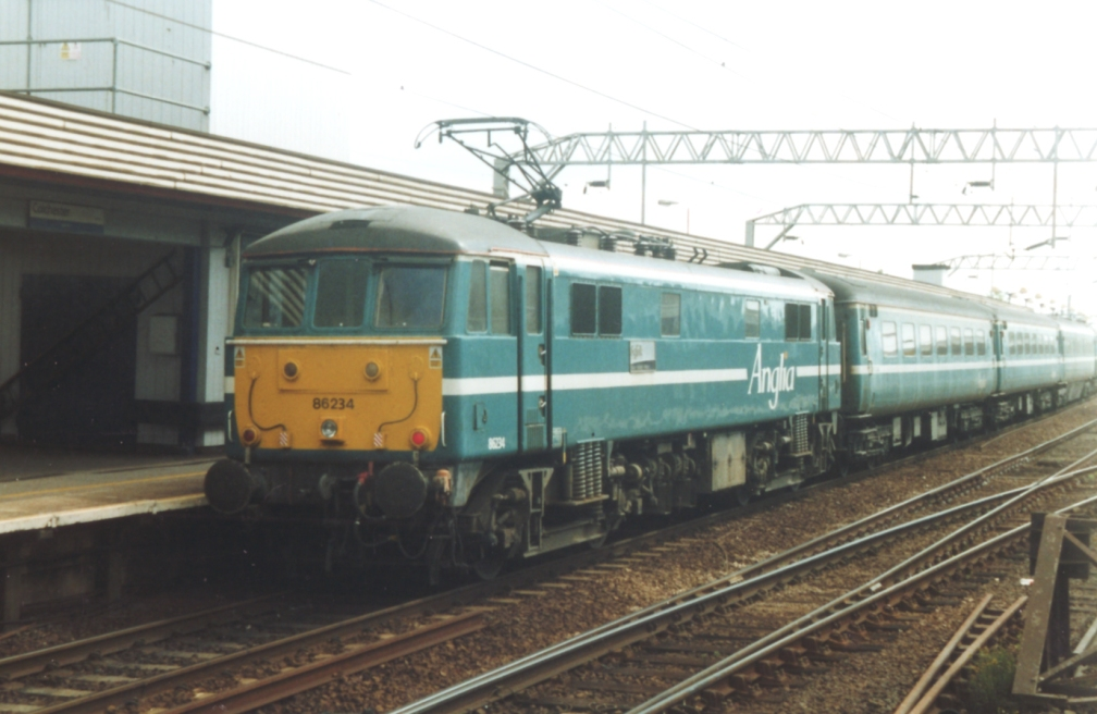 86234 ANGLIA 'SUFFOLK -RELAX REFRESH RETURN' (CR) 7-04
