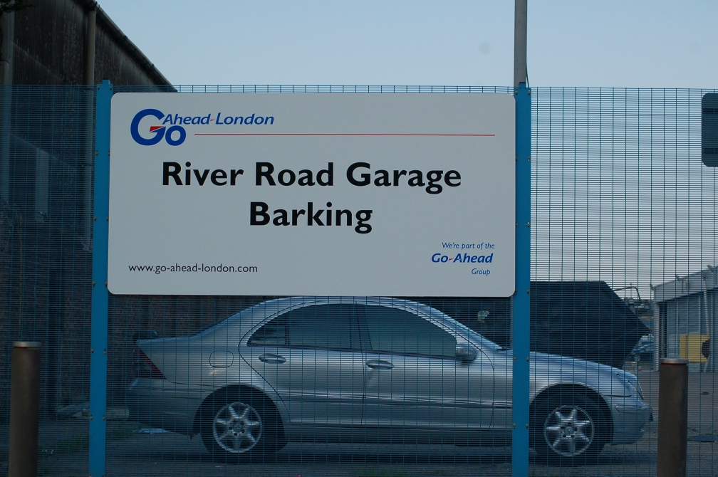 GO-AHEAD BARKING GARAGE 26-5-16