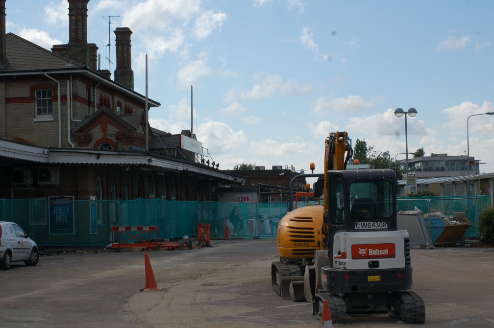 IPSWICH RAIL STATION FORECOURT WORKS 10-7-16