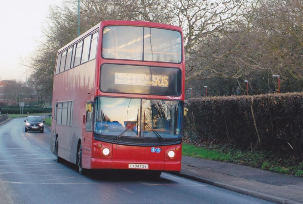 lx04fxv-trustybus-505-harlow-16-1-16