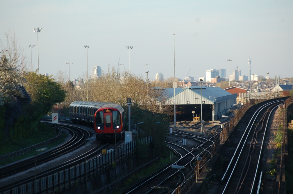 21542 LONDON SKYLINE FROM WIMBLEDON 9-4-17