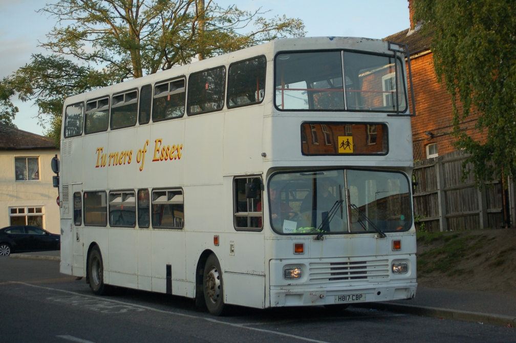 H817CBP TURNERS PRESERVED (BE BUS PARK) 22-9-17