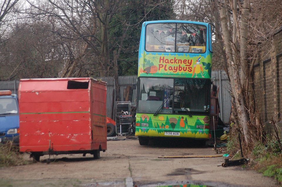 T138AUA HACKNEY PLAYBUS 6-1-18
