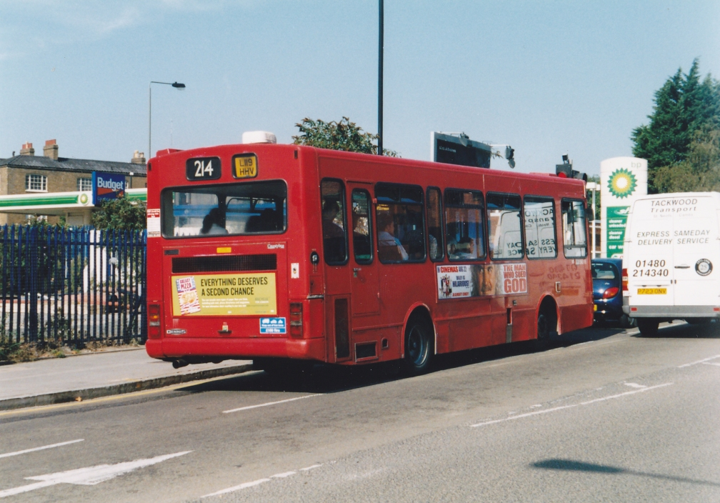 L119HHV DNL119 (REAR) METROLINE 214 (KINGS CROSS) 9-03