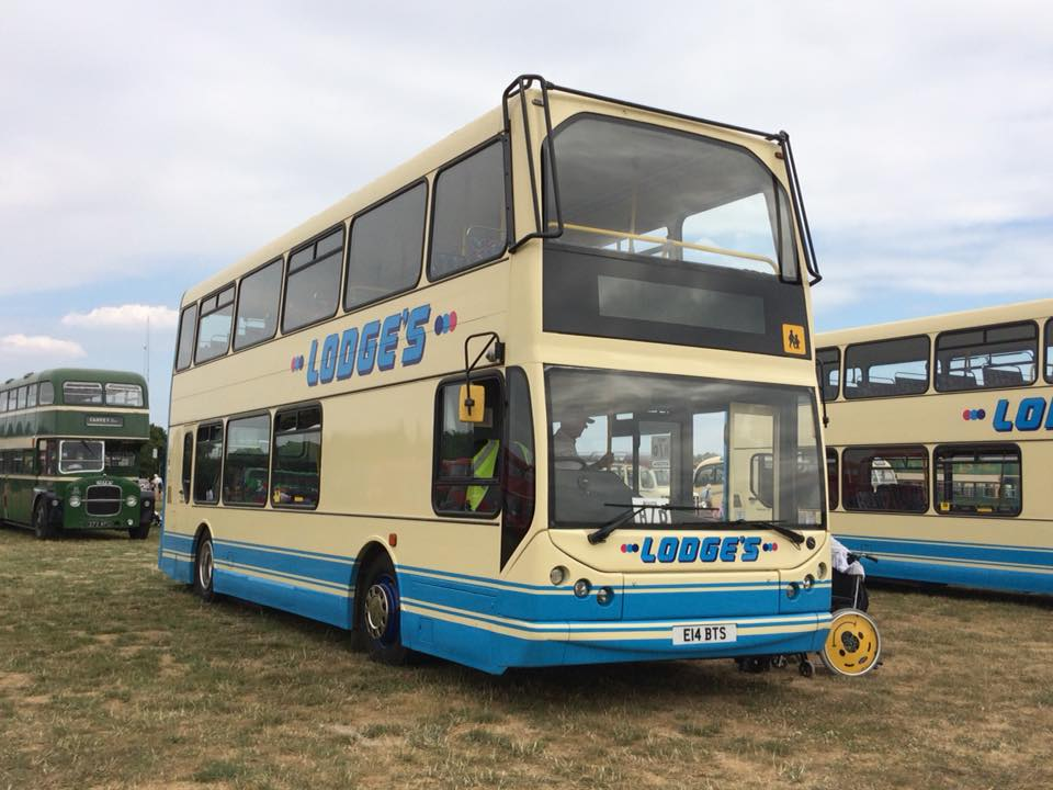 E14BTS LODGE (BASILDON BUS RALLY) 22-7-18 (D PRETTY)