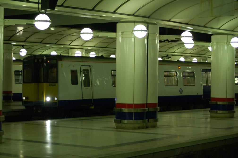 315845 TfL RAIL (LIVERPOOL ST) 15-6-16