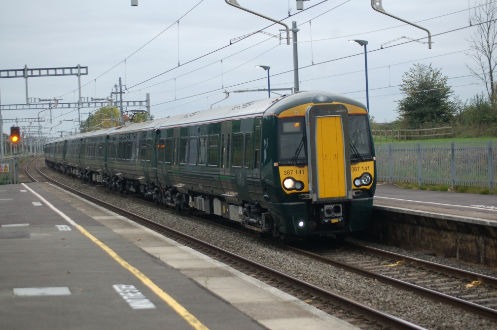 387141 gwr (iver) 14-10-17