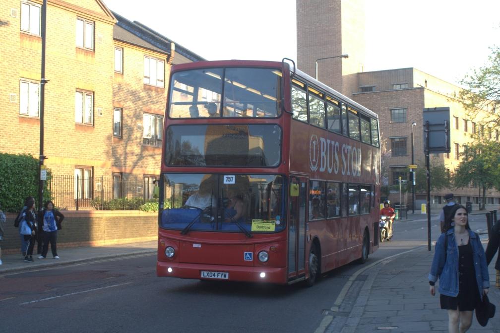 LX04FYW 1st BUS STOP (SET RRP, GREENWICH) 20-4-19