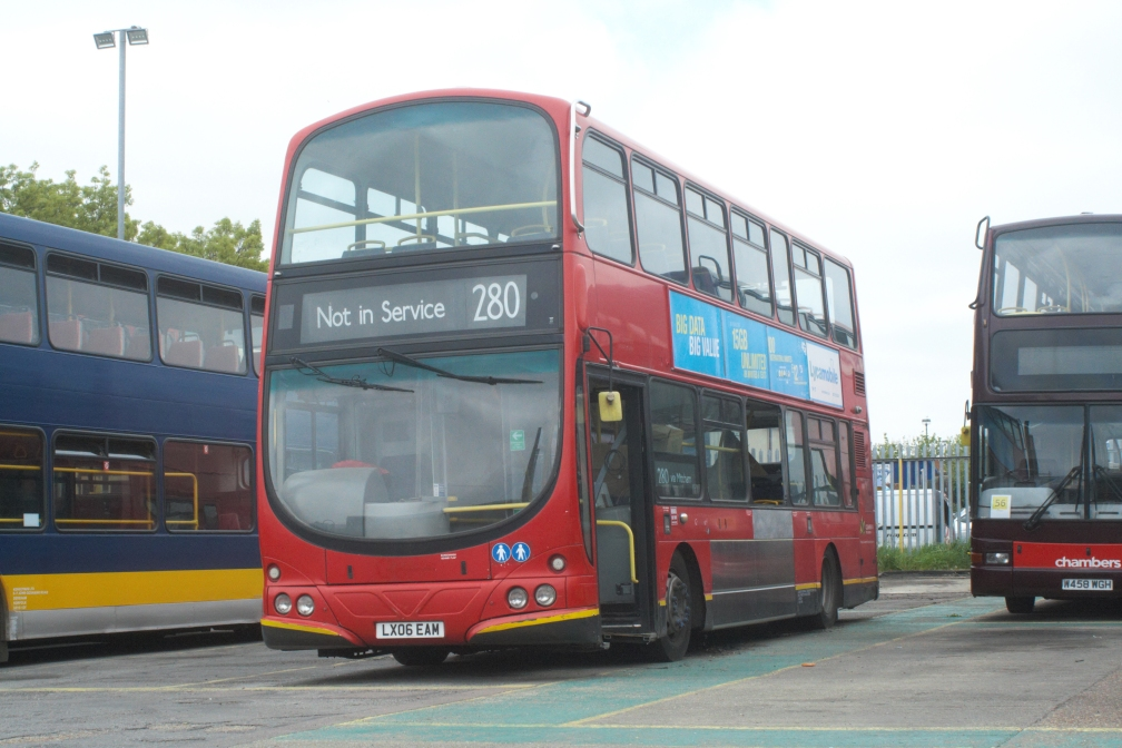 LX06EAM 528 HO SINGLE DOOR CONVERSION (CN) 30-4-19