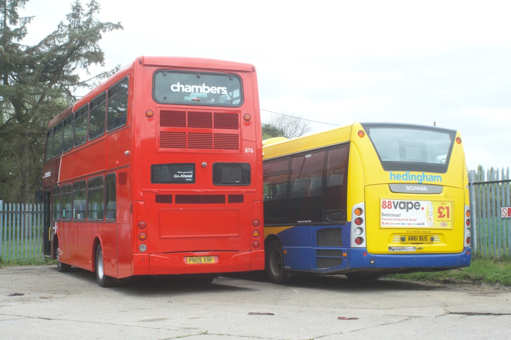 PN09ENF 876 AND AN61BUS (REAR) HO (HD) 27-4-19