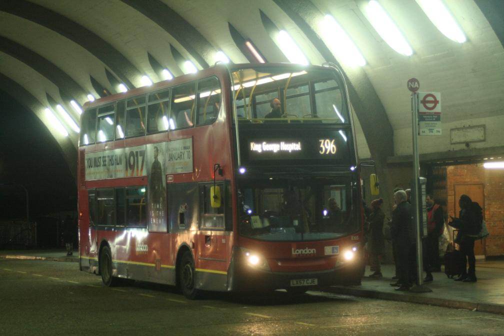 LX57CJE E65 BT 396 (NEWBURY PARK) 29-12-19