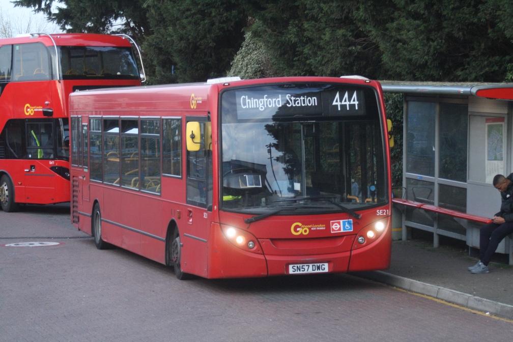 SN57DWG SE21 BT LG 444 (CHINGFORD) 21-3-20