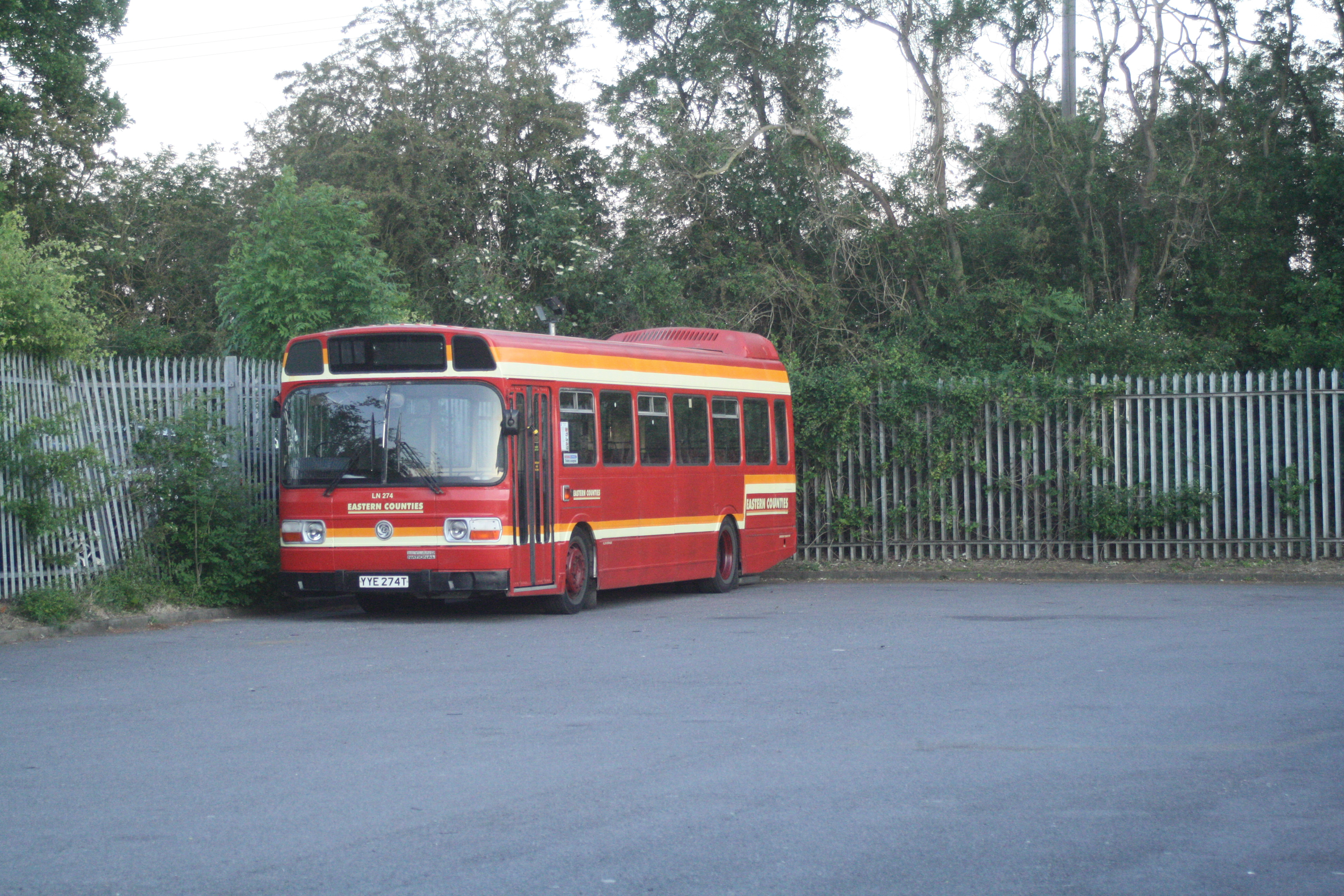 YYE274T LN274 (STANSTED) 30-5-20