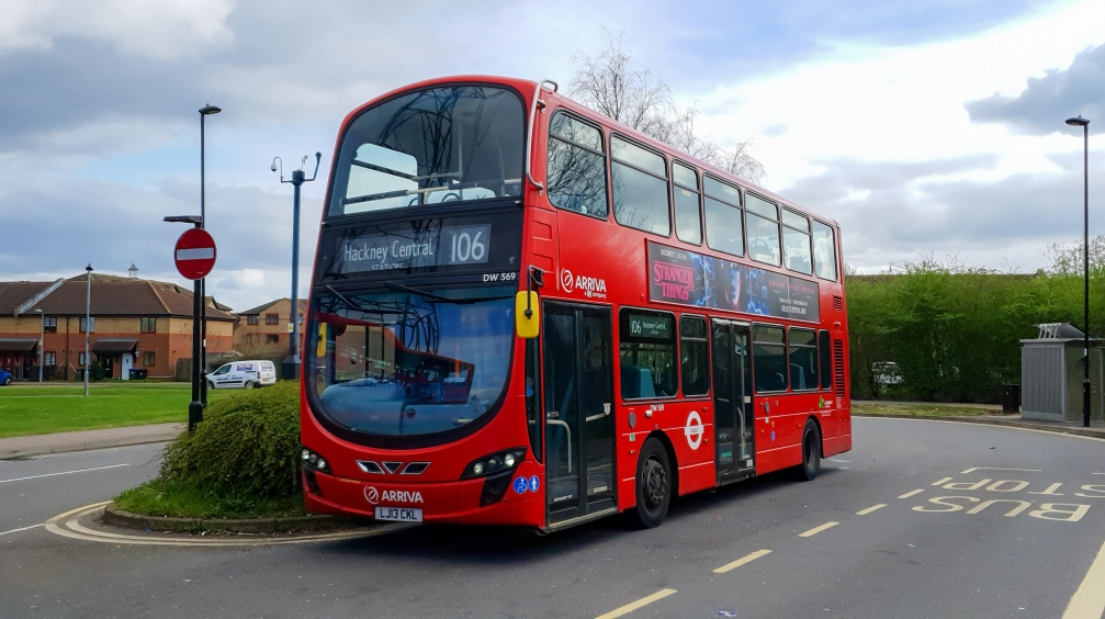 LJ13CKL DW569 Arriva Lon N Enfield Island Village 20th March 2020 (Peter Horrex)